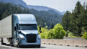 Consider all the factors when you choose to purchase or rent a semi-trailer.