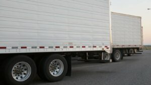 Need a semi trailer? Here's why you should choose New Way for your Tacoma semi-trailer leasing.